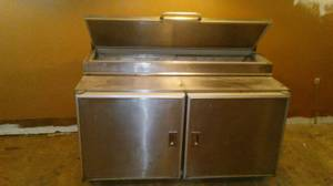 refrigerated preping table (Rock Island)