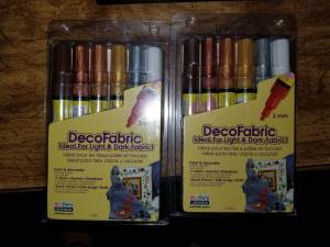 NEW unopened DecoFabric markers (Port Richmond)