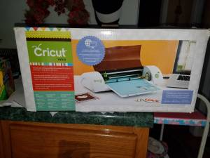 Cricut mini (Logan)
