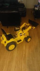 6v cat bulldozer power wheel (MILLINGTON)