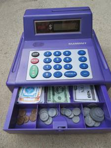 Cash Register w/Play Money - Mint Condition (Cary)