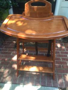 Highchair (Roswell)