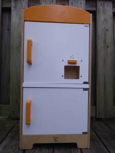 Hape - Gourmet Fridge Toy (Baltimore City)
