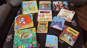 Young childrens book lot (Beaver Dam)