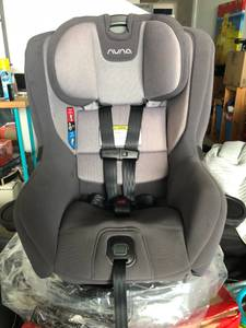 BRAND NEW NUNA RAVA Convertible Car Seat - 2017 (cover was used) (west palm