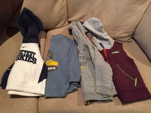 Boy's 2T clothes (Denver DTC)