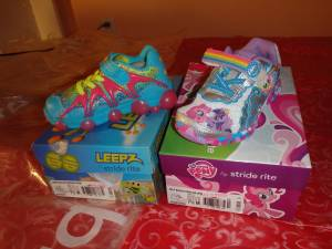 clothes, shoes, everything you need up to-3 T (natick)