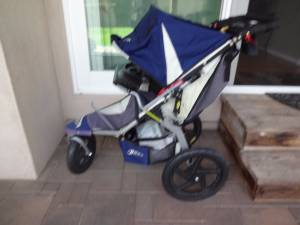 BOB Revolution Single Jogger Stroller Swivel Wheel (Los Alamitos/Long Beach)