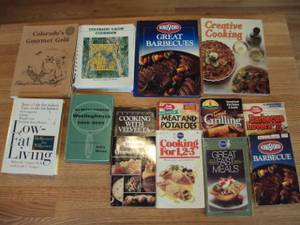 COOKBOOKS Lot of 14 (Hastings)