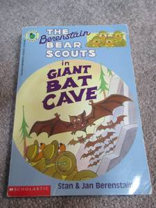 The Berenstain Bear Scouts in Giant Bat Cave - Like New (Cary)