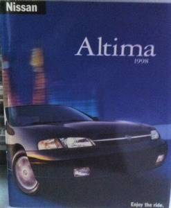1998 Altima dealer showroom booklet, like new (Alvarado)