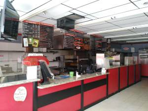 PIZZERIA AND ICE CREAM RESTAURANT FOR LEASE (East pointe)