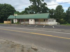 Commercial Building for rent in Ferrum (Ferrum)