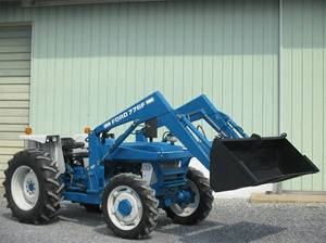 Priced to sell fast.1985 Ford 4610 Tractor Like new