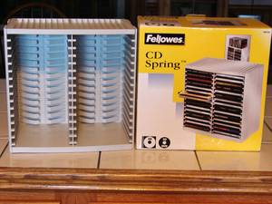 New ~ (Retail $18+) ~ Fellowes Spring Loaded CD / DVD Holder (Dundee, NY)
