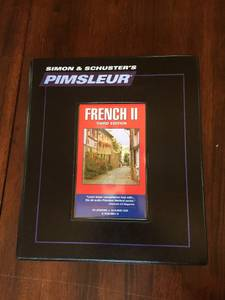 Simon & Schuster: PIMSLEUR FRENCH LEVEL 2 (16 Audio CDS) (Monkton/New Haven)