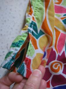Vibrantly colored shorts-GITANO- ((FAR NE PHILLY))