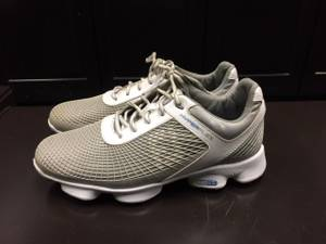 Golf shoes - Footjoy Hyperflex - Size 8.5 (Dellwood)