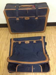 Midnite Extra Large Suit Case with Seperate Suit / Dress Case (Jasper, ga)