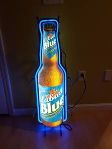 Labatt blue beer neon sign (Dandridge)