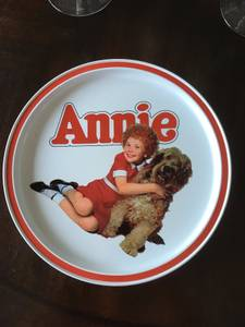 Vintage (1982) Orphan Annie Cookie Tin by GuildCraft (South Burlington)