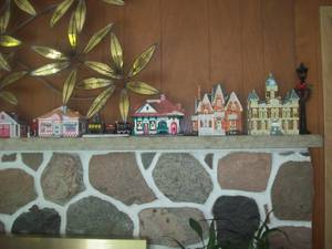 Snow Village Collection Over 30 Pieces with Many Accessories (Dousman)