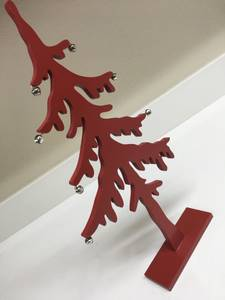 Red Wood Decorative Christmas Pine Tree Holiday Decoration