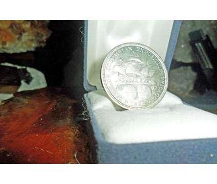 Exceptionally a Rare Coin Columbian Commemorative Silver Half Dollar 1892-P Pure