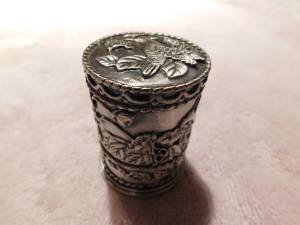 Hummingbird Stamp Dispenser (Bear, DE)