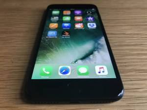 iPhone 7 Plus 256gb black UNLOCKED LIKE NEW (philadelphia PA)