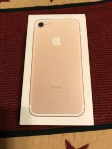 iPhone 7 32gb Gold Verizon Unlocked Warranty LN (Thornville)