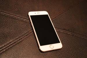iPhone 6s 64GB Rose Gold Unlocked (Northeast Raleigh)