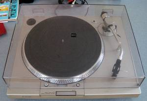 Vintage Sony Turntable PS-T1 & Sansui 210 AM/FM Tuner AMP (Marlborough)