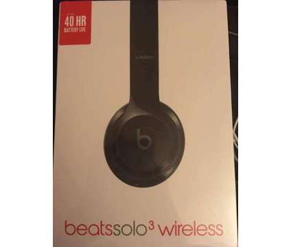 Feb 10 ( 1 day sale) Beast By Dre solo 3 headphone /Power Change/ Blue tooth Spe