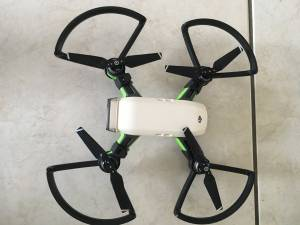 DJI SPARK WHITE DRONE COMBO PACKAGE and extras (north miami beach)