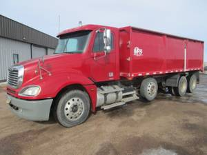 06 Freightliner Columbia Silage Truck-Some Damage- (sioux falls)