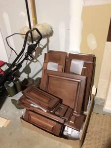 Kitchen Cabinet Doors, Drawer Fronts, Maple, Dark Stain (Barrington)