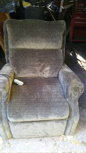 Recliner Lift Chair /Comfortable Emerald Green (OBO)