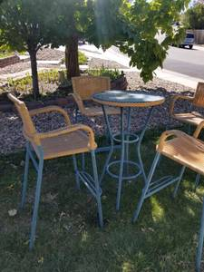 Tall outdoor bistro table and chairs (Centennial)