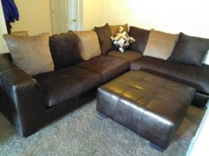 Brand New sectional sofa couch and ottoman (Louisville)