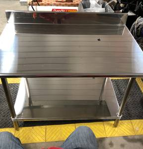 Ever new Stainless Steel table (Hampton IL)