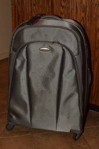 Samsonite Large Spinner Luggage bag (Ashburn)