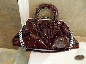 PRADA / Burgundy purse