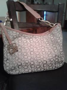 New Calvin Klein purse (Wapato)