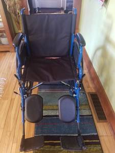 Wheelchair- Drive Medical (White Bear Lake)