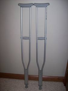 Pair of Lumex Cruches - Adult Tall (Greenwood)
