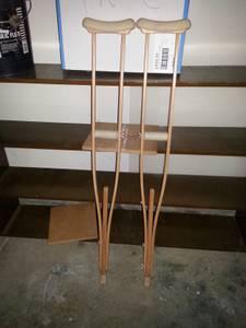 crutches (avon)