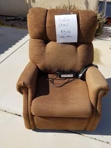 Lift Chair (Yuma - Foothills)