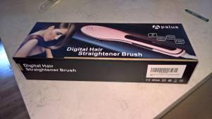 New Pink HAIR STRAIGHTENER BRUSH (Redmond)