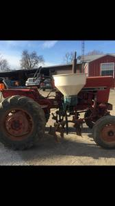 274 IH Diesel Tractor (Greensburg Ky)